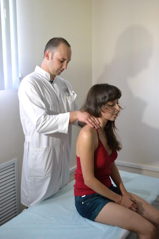http://klinika-dixion.ru/directions/therapeutic/manualnaya-terapiya/